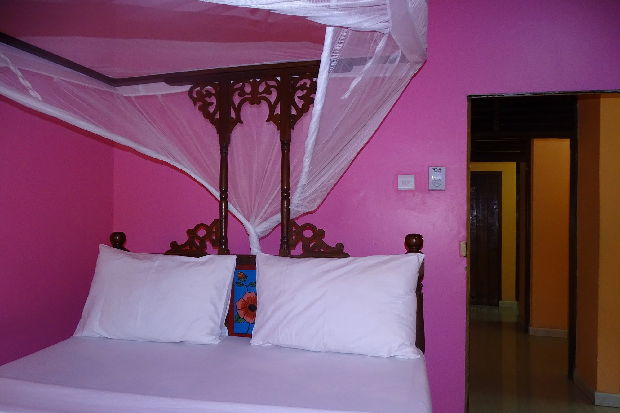 Double Room | Jambo Guest House
